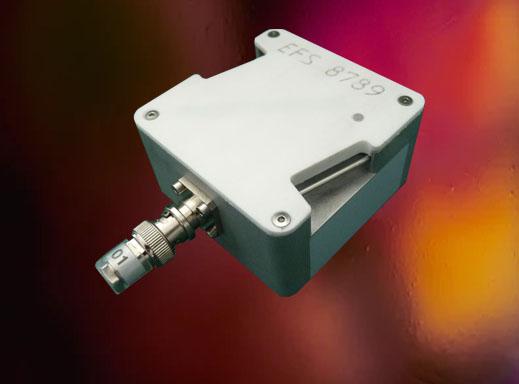 Autonomous and communicating integrated sensor
